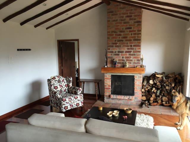Cabaña con chimenea en Subachoque - Subachoque - Leilighet