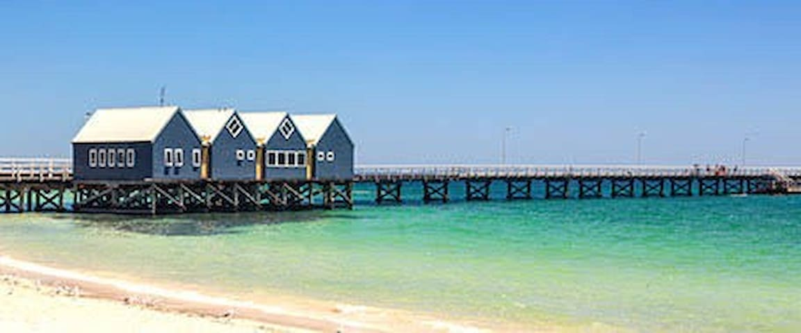 Walking to beach & city in 5 mins w 3 single beds - Busselton - Rumah