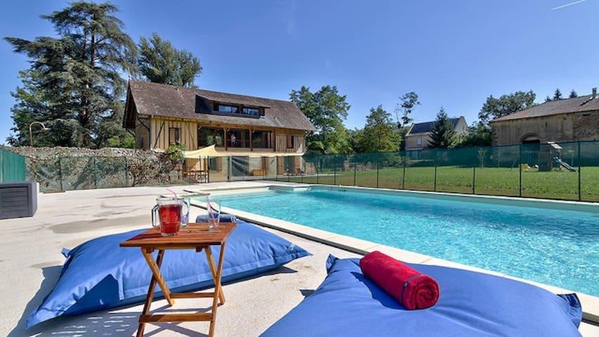 Gorgeous 5bd renovated farmhouse  - Ponsan-Soubiran - Huis