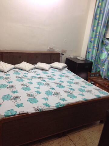 One room with modern facilities - Panchkula