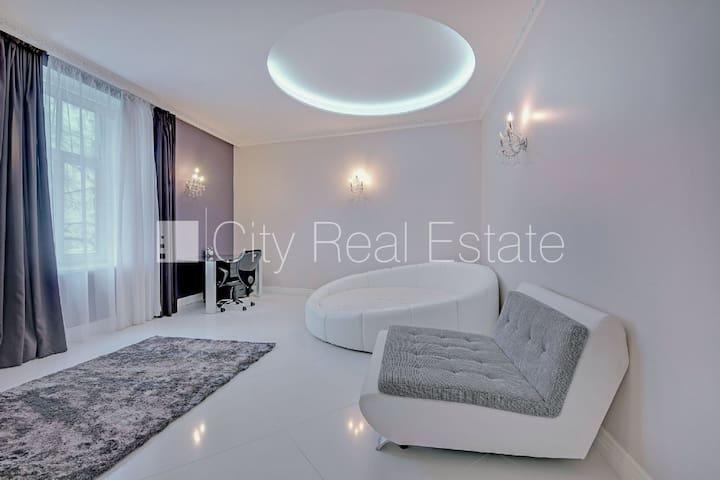 1 BedRoom in Elegant Riga apartment - Riga - Lägenhet