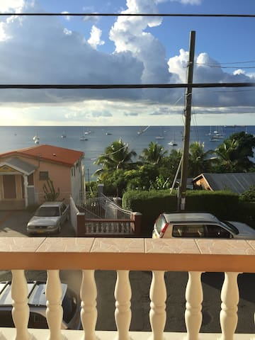 Beautiful Ocean View Apartment - Amazing Location - GD - Appartement