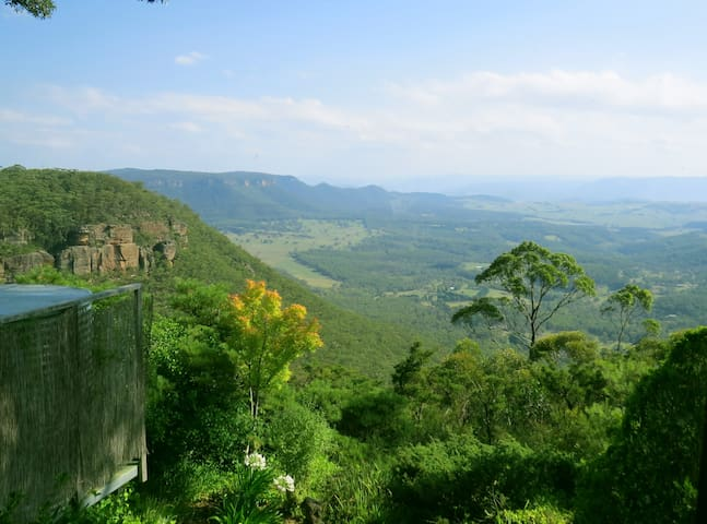 Moonya - mountain cottage with sensational views! - Mount Victoria - Casa