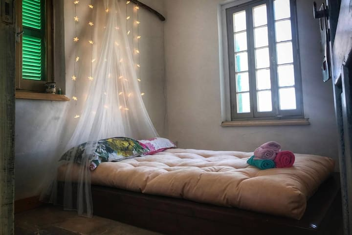 Double-bedroom in a Unique Urban Heaven - Nicosia - Huis