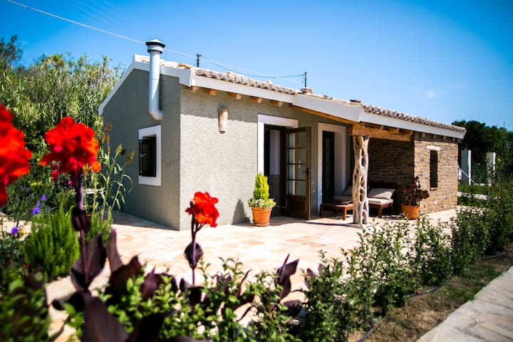 Mini villa with private pool - Sidari