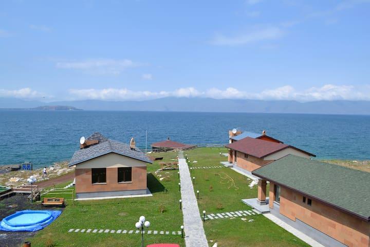 Коттедж с видом на озеро Севан - Sevan - Vila