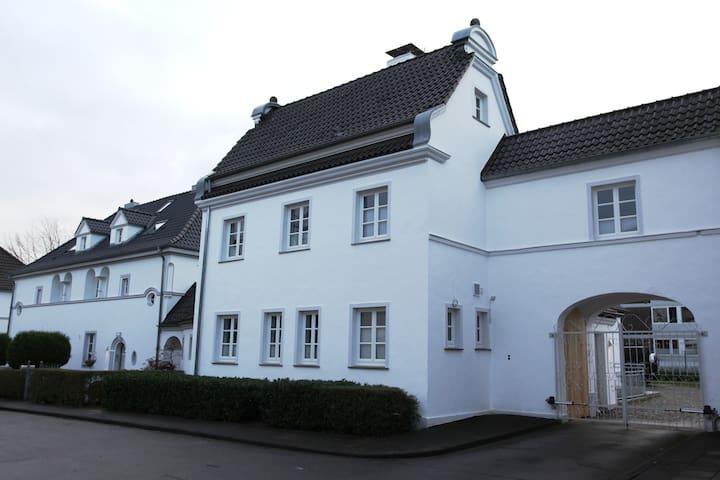 Villa Waschhaus - Monheim am Rhein - 別荘