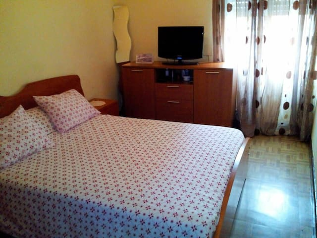 2 ROOMS 5 min BILBAO CENTER & BEC - Baracaldo