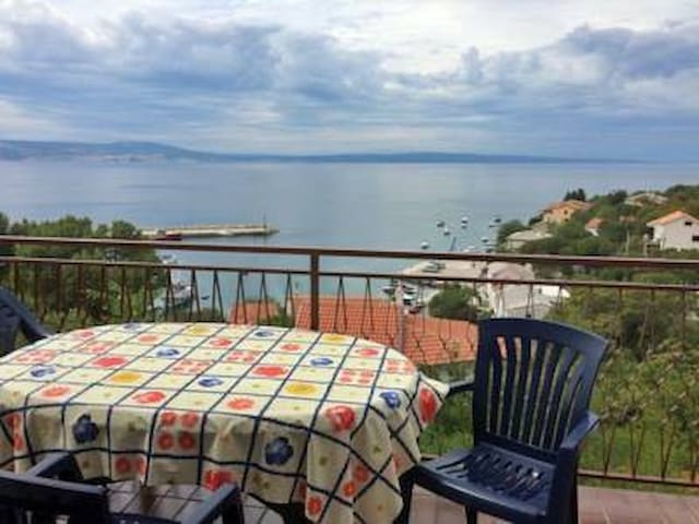 Big apartment with sea view - Klenovica - Wohnung