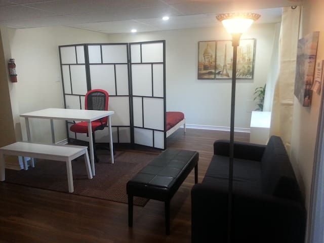 Looking For A Comfortable Place to Stay in Canada? - Ottawa - Appartement