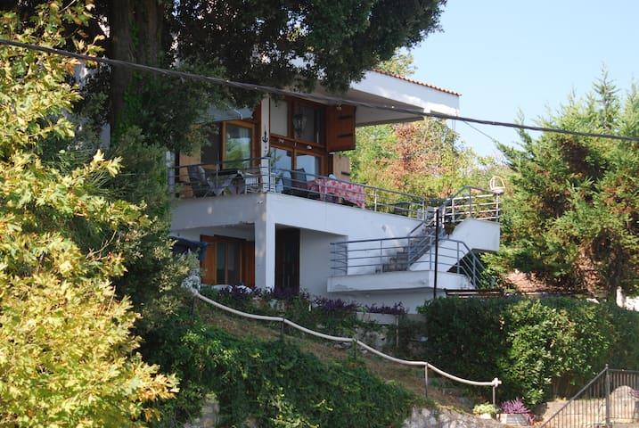 Beachfront Villa - Porto Voulis - Platamon Castle - Platamon - Hus