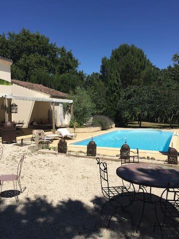 Une maison de vacances en famille - Casteljaloux - Huis