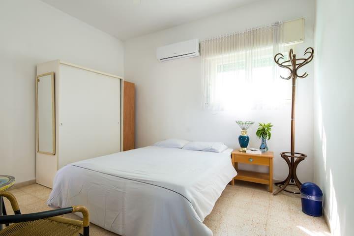 Room near the beach - Nahariyya