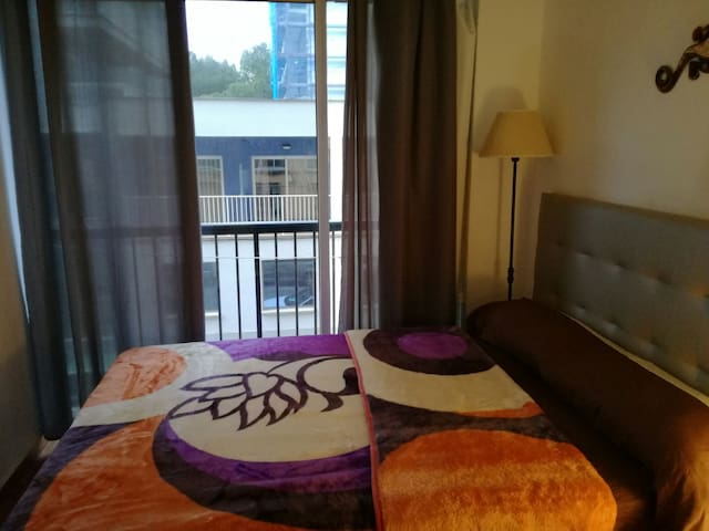 Nice small Piso in Arenal , close to beach&shops - 柳奇馬約爾