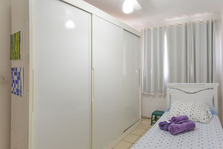 Airy room, breakfast included & exclusive bath - Vila Velha - Leilighet
