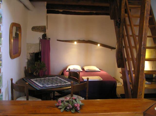 La Goutte-Fangeas - Isserteaux - Huis
