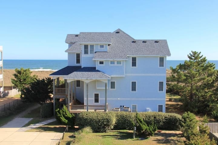 Oceanfront 8 bed 8 bath estate: CALL 669-BEACHES - Waves - Hus