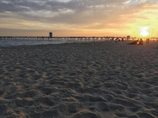 Beach Cottage - Great location in Seal Beach! - Seal Beach