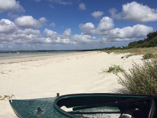 Absolute beachfront Island Beach KI - Island Beach - Ev