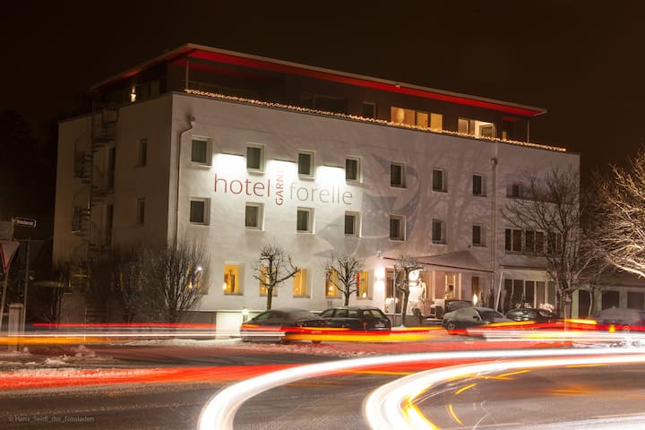 Hotel Forelle Dachau - Bergkirchen - Bed & Breakfast