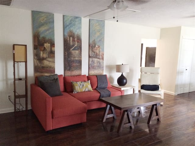 Charming 3/2 Home In Beautiful Downtown Rockwall! - Rockwall - Hus