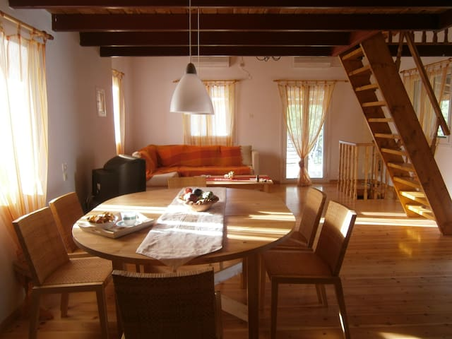 cottage house of 80 sq. m. in Vromovrisi Kalamata - Kalamata - Casa