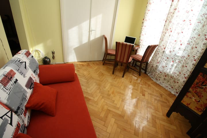 CONTINENTAL APARTMENT - Boekarest - Appartement