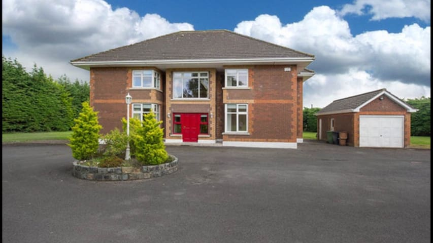 Luxurious Country Living 6 - Ashbourne - Dom