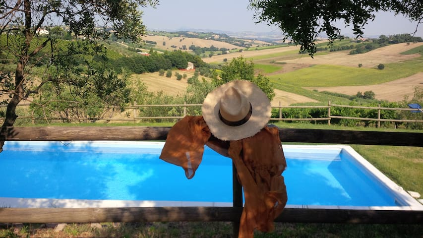 Villa Country House in Le Marche-Appartment Paola - Morro d'Alba - Daire