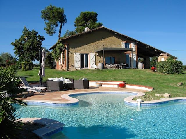 Magnifique ferme rénovée, piscine - Villariès - Villa
