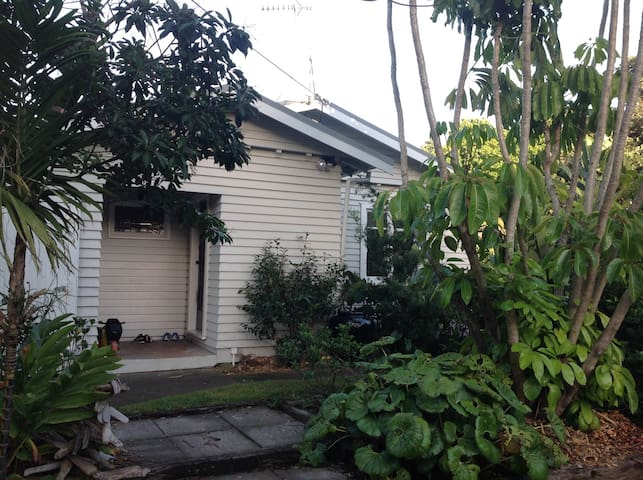 Autere Street Cottage - New Plymouth - Huis