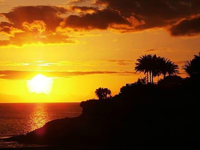 Vacation, sight, experience in one CA - Costa del Silencio - Leilighet