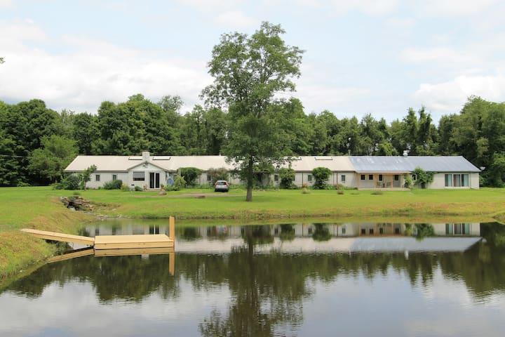 The Art Barn at Spider Ranch - Tivoli - Casa