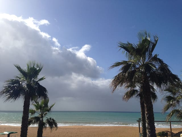 LUX APT WITH POOL 300M FROM BEACH - Albufeira - Daire