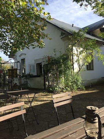 Mysigt boende ovanpå Kastlösa Mejeri - Kalmar län - Departamento