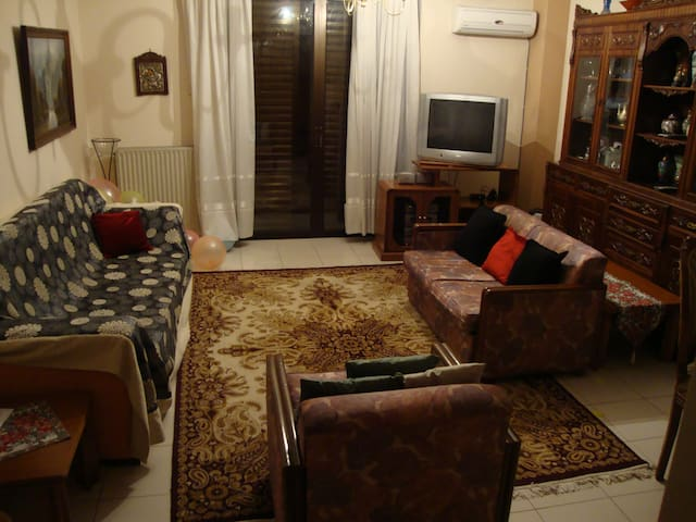 Downtown lovely apartment, Pireas - Pireas