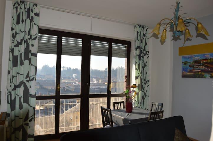 appartamento luminosissimo - Novi Ligure - Departamento