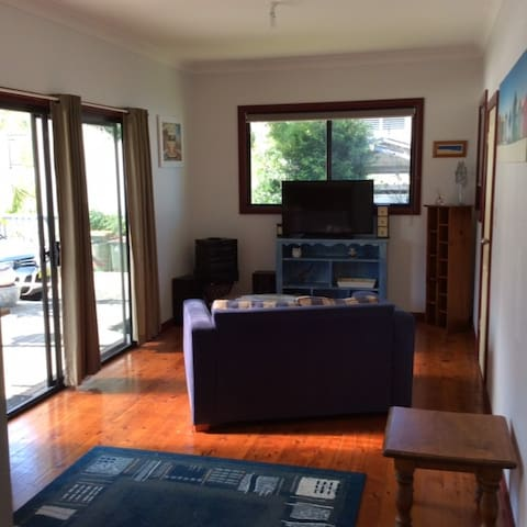 Waterfront retreat 2 bed self contaned unit - Chittaway Point - Apartamento