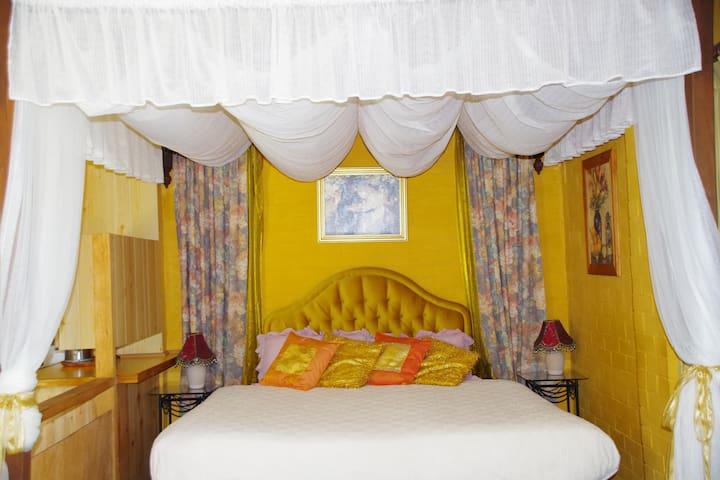 Mimsbrook Farm B&B  Garden Studio - Darling Downs - Bed & Breakfast