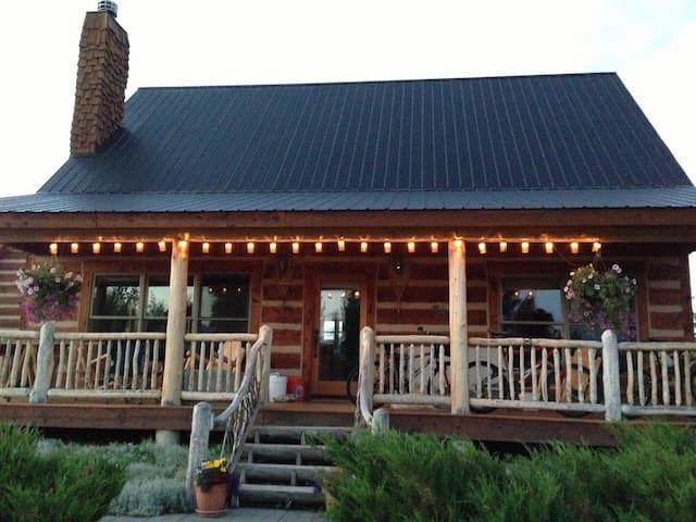 """Sunny Gunny Cabin"" Ski Get-Away - Gunnison - Haus"