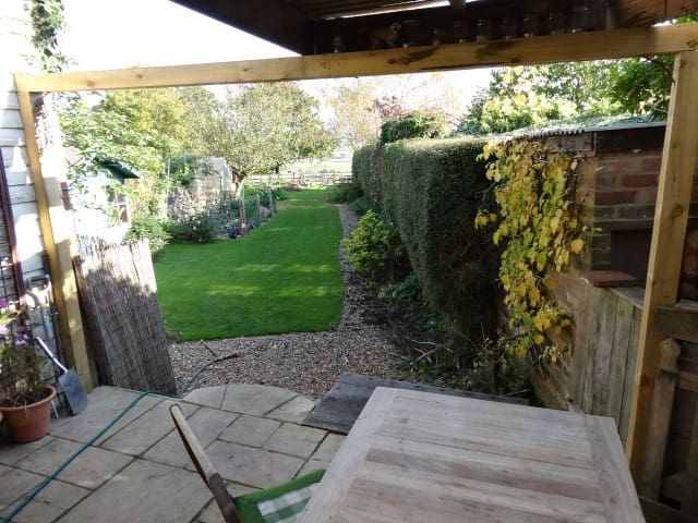 Cosy Cottage with stunning view's - Ashendon