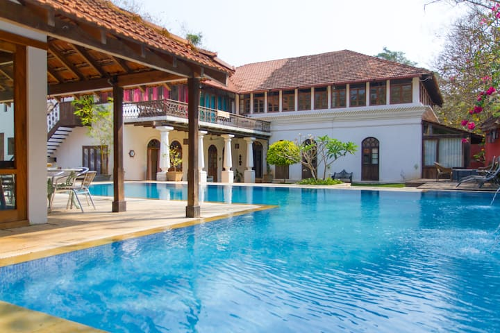 BirdSong,Moira Goa: Boutique Villa - North Goa - Βίλα