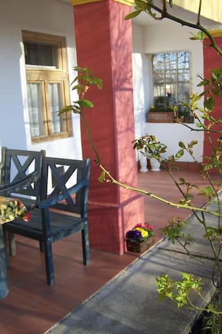Freundliches Haus 300m bis See Hund - Poroszló - Casa