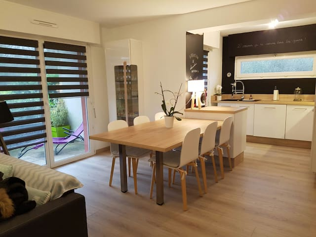 Très bel appartement ensoleillé T2 de 55 m² - Vannes - Lägenhet