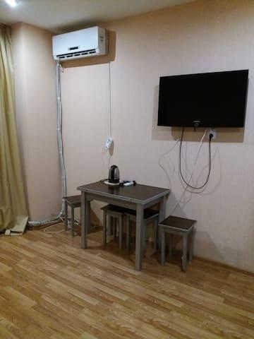 Просторная квартира около моря. - Sochi - Appartement