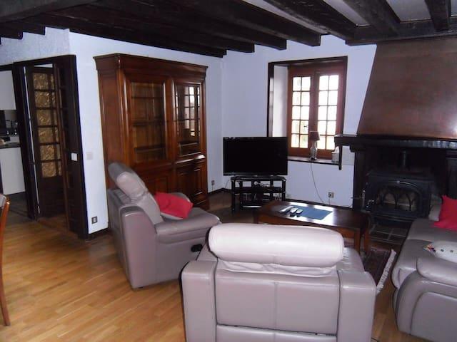 Traditional style duplex apartment - Divonne-les-Bains - Leilighet
