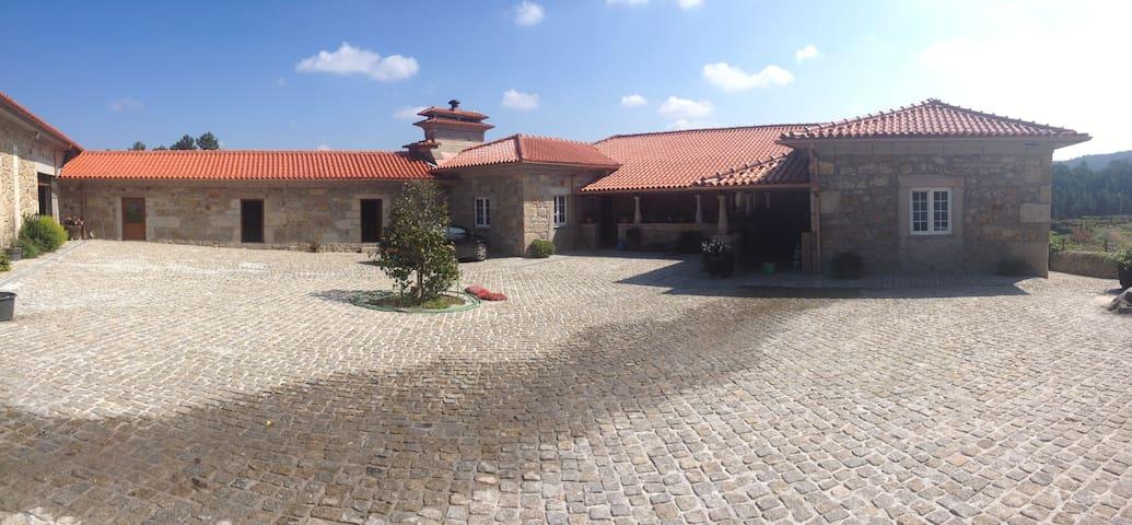 Quinta  - Barcelos - Casa de camp