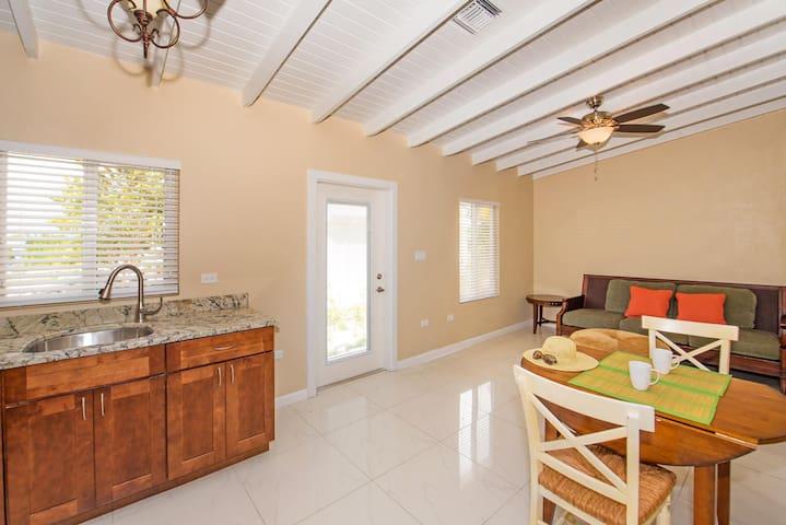 Coco Beach - 1/1 Bedroom 'Garden View' Villa #4 - Bodden Town - 別墅
