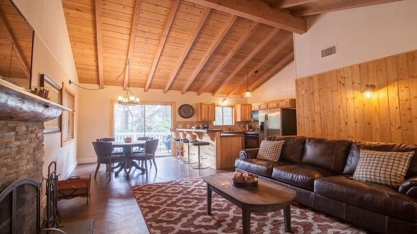 The Boulder House - Twin Peaks - Kulübe