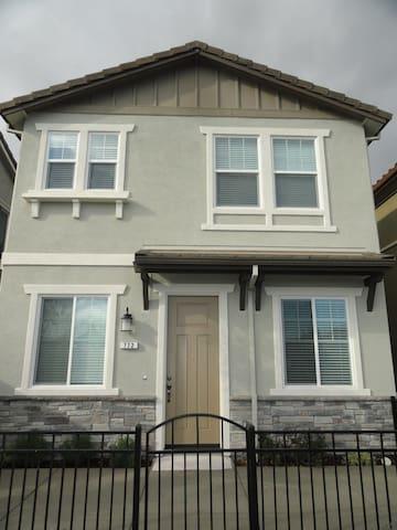 East Bay , Brentwood, SFH旧金山湾区东湾 - Brentwood - Rumah